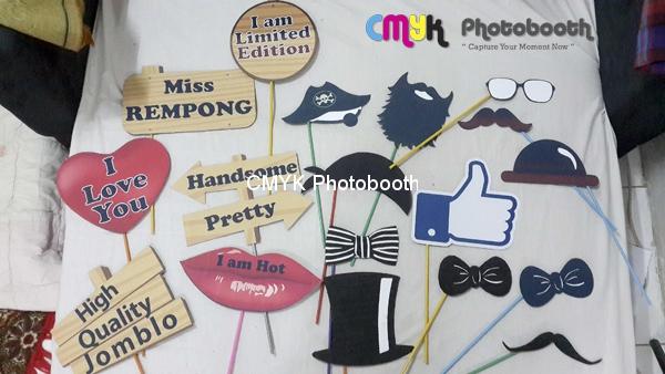 Properti Photobooth by CMYK Photobooth